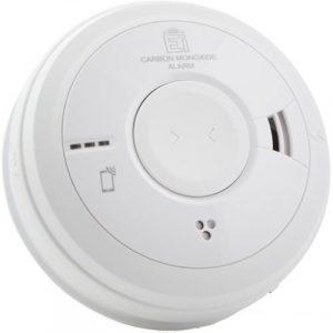 Häkävaroitin EI3018 sopii parhaiten huoneisiin, missä voi esiintyä polttoaineen palamista